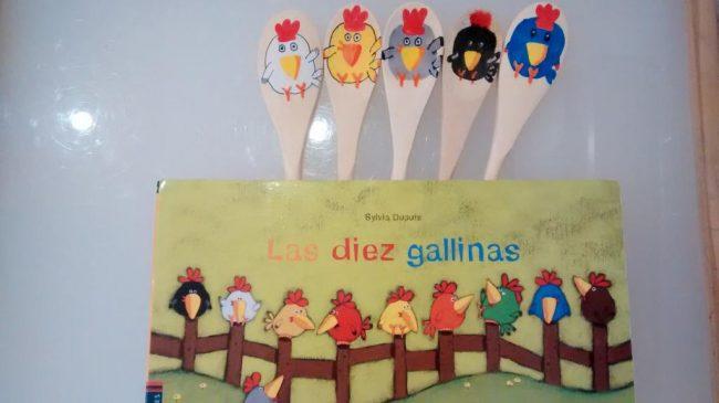 Las diez gallinas con marioneta